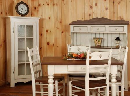 Особенности мебели из натуральной сосны для обустройства частного дома